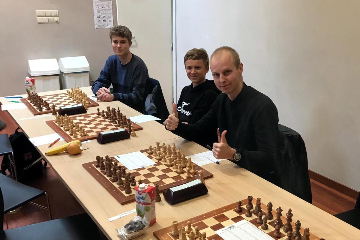 foto Niels junior, Sander en Niels senior