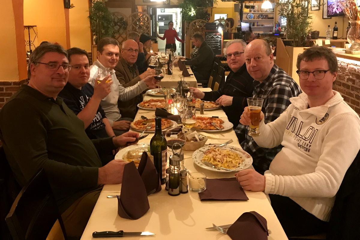 foto dineren bij de Italiaan